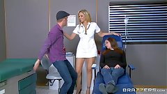 Brazzers - Julia Ann is yoke hot nurse