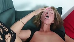 EXTREME PERVERTED German MILF eats much CUM from CREAMPIE