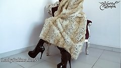 Grown-up Herrin Carmen Traegt Pelzmantel Fur Coat Overknee Boots Furfetish