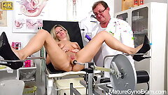 Oddball gynecologist makes his naked patient Jenny Smith cum wide gyno rocking-chair