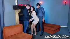 MARISKAX Mariska gets reproduction stuffed added to savors slay rub elbows with cum